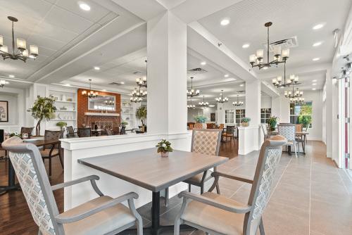 Senior Apartments Dining Room