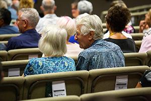 choosing assisted living community